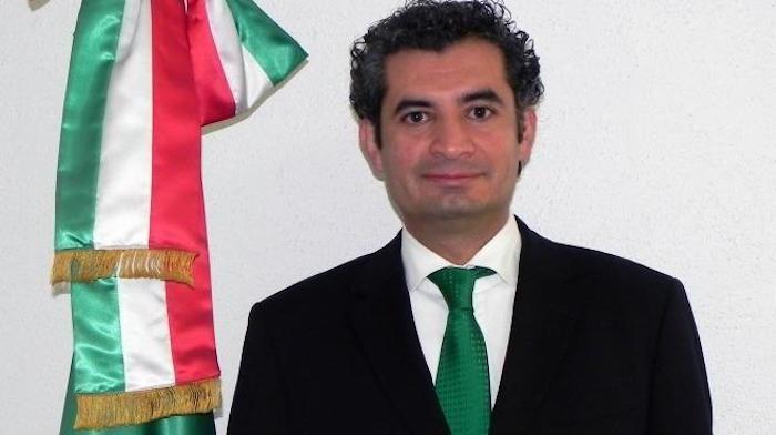 Ochoa Reza, su primer paso al fracaso