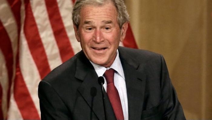 George W. Bush votaría por Hillary Clinton
