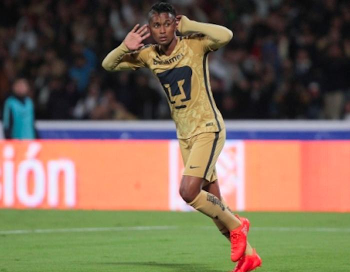 Pumas logra empate en casa, pero Tigres aventaja con goles de visitante