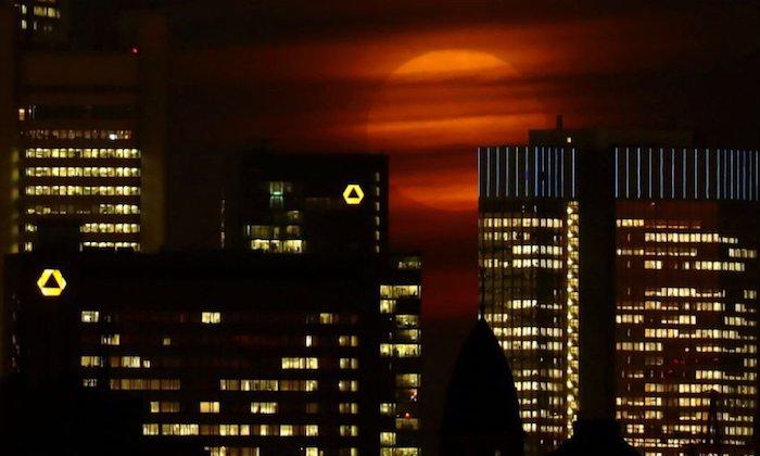 La Súperluna en imágenes de todos los continentes (Fotos)