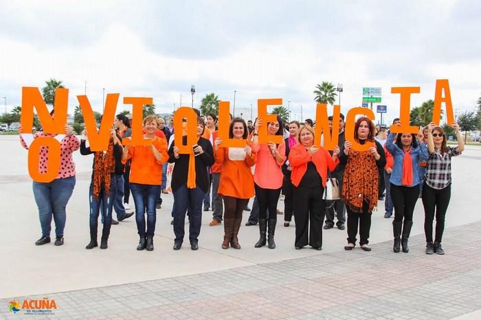 Acuña: Marchan en el día internacional de la eliminación de la violencia contra la mujer