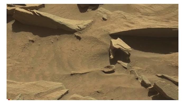 NASA encuentra ¡una cuchara! en superficie de Marte