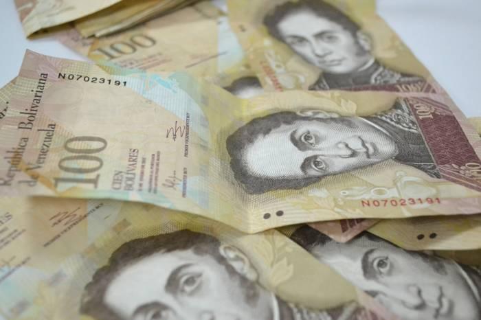 Venezuela se queda sin billetes de 100 bolívares