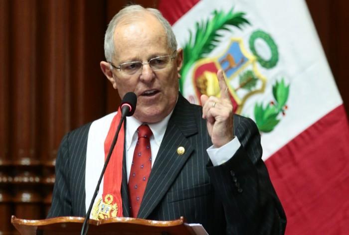 """En Perú existe polémica ley de """"muerte civil"""" para políticos y funcionarios corruptos."""