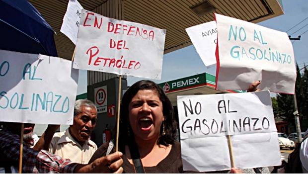 Realizarán marcha en la CDMX contra el gasolinazo .