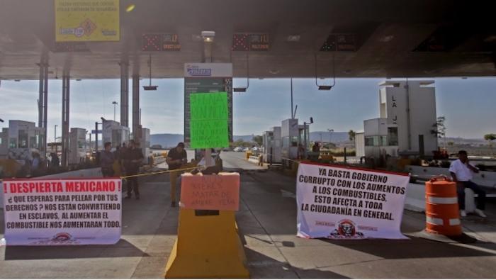 Registra PF 19 bloqueos carreteros en 13 estados
