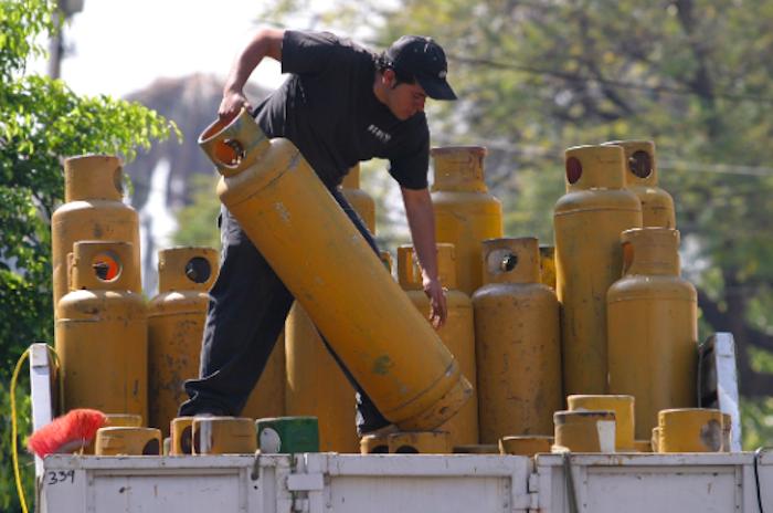 Aumento del gas Golpea duro la economía