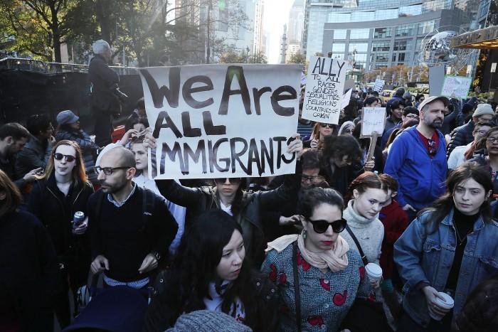 Confirma Casa Blanca deportaciones para migrantes con antecedentes.