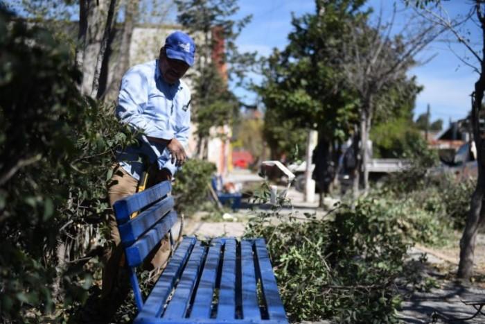 Embellecen con limpieza a la capital de Coahuila   Atiende Municipio Plazas y parques de Saltillo
