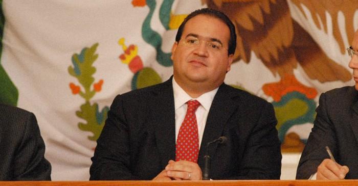 Javier Duarte no se entregará como lo hizo Padrés, advierten