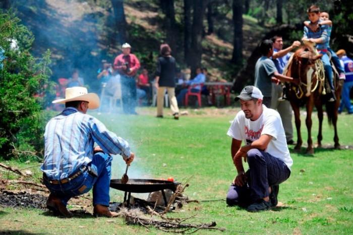 Disfrute recorridos en el campo durante Semana Santa