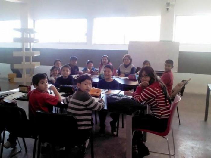 Reanudan cursos de inglés y matemáticas