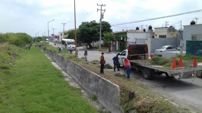 RECOLECTAN 35 TONELADAS DE CACHARROS EN CAMPAÑA DE  LIMPIEZA CONTRA EL DENGUE