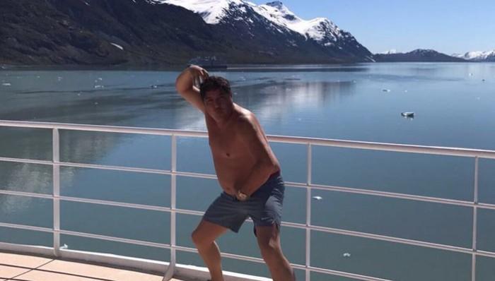 Abandonan diputados sesión ordinaria para pasear en Alaska