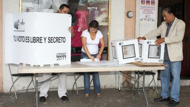 Pide Morena prohibir uso de celulares y tabletas al momento de votar