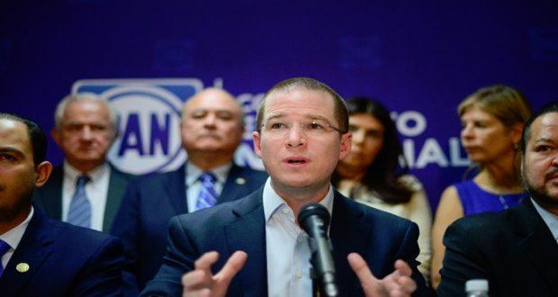 PAN aprobó acercamiento con Morena de cara al 2018