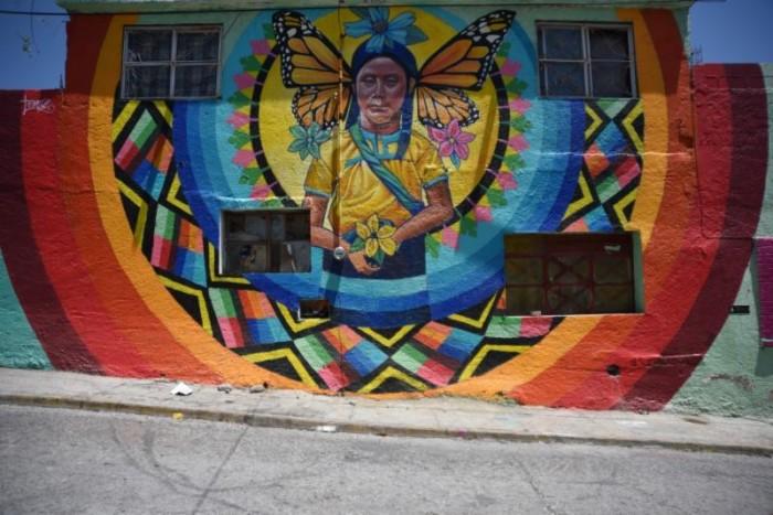 Lucen fachadas en el _guila de Oro 41 murales _6_