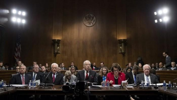 El Senado rechaza retirar la ley sanitaria de Obama