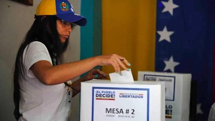 México exhorta a Venezuela a suspender Asamblea Nacional Constituyente