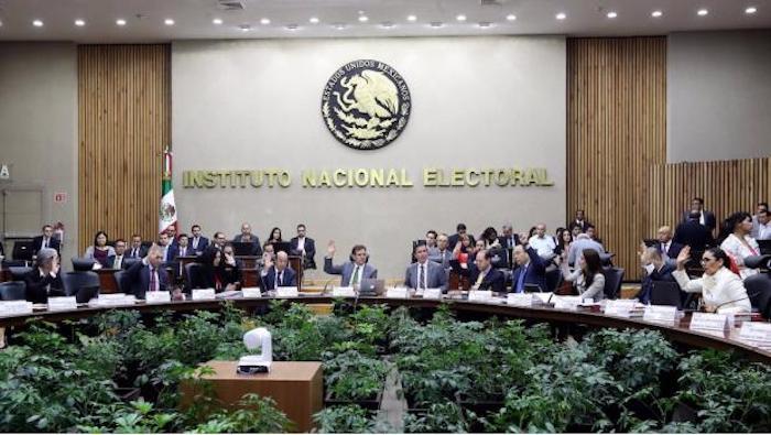 Partidos solicitan al INE reconsiderar sanciones