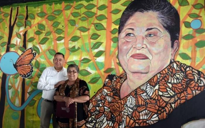Inaugura Isidro murales urbanos en Saltillo
