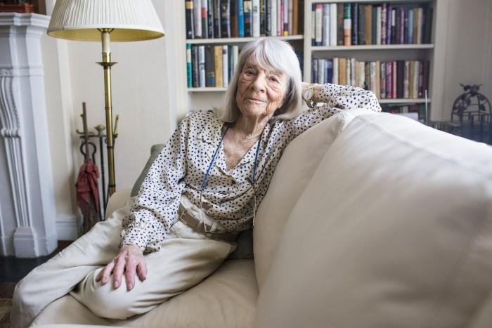 """Muere la editora estadounidense que """"rescató"""" el diario de Ana Frank"""