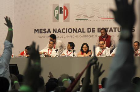 Asamblea Nacional del PRI aprueba retirar 'candados' para candidatos simpatizantes