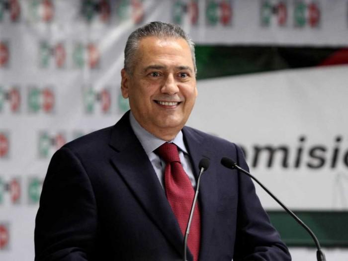 """""""El PRI está obligado a desdoblarse hacia la izquierda"""""""