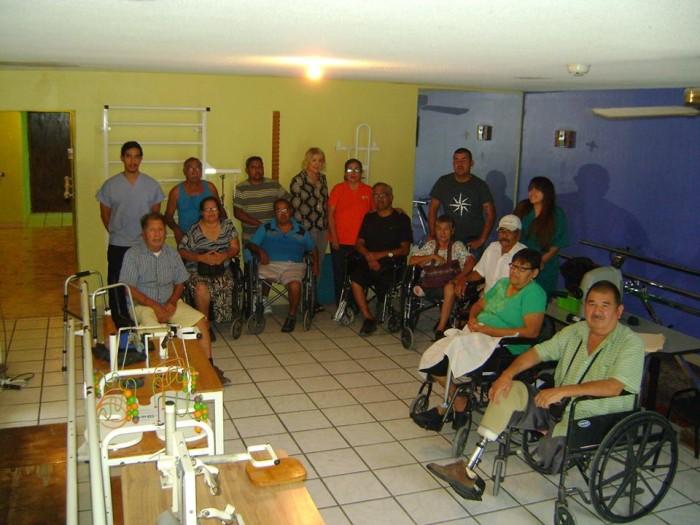 AL MENOS 400 ADULTOS MAYORES HAN RECIBIDO TERAPIA EN EL GABY BRIMMER.