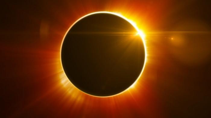 El eclipse no es motivo para suspender clases. GCDMX