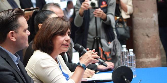 'Cocoa' Calderón acusa a Anaya de populista; lo compara con Hitler