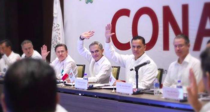 Gobernadores continúan reprobados; Roberto Sandoval, el peor evaluado