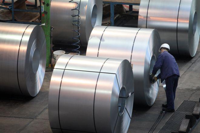 El escándalo de Kobe Steel, la empresa japonesa que le vendió metales falsificados a General Motors, Boeing, Toyota (y otras 500 empresas)