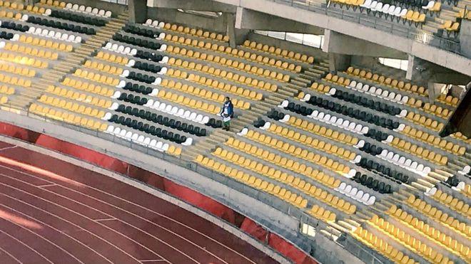 El hincha que viajó 1.500 kilómetros para acompañar a su equipo en Chile y resultó ser el único fanático en la tribuna
