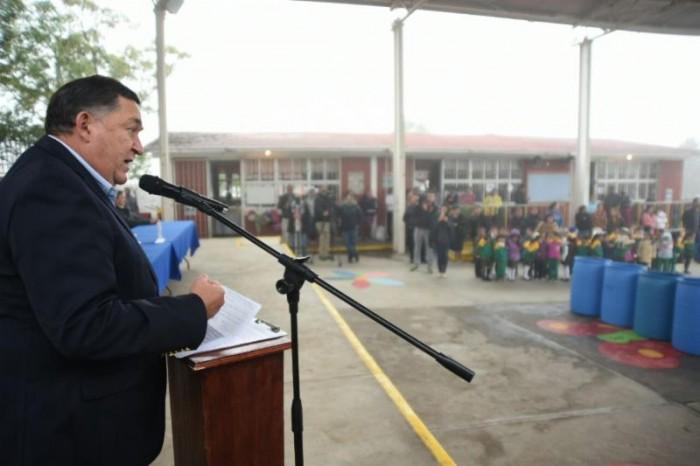 Entrega Alcalde barda en kínder Antonio Cárdenas