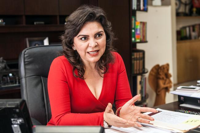 Ivonne Ortega participara en contienda internal del PRI