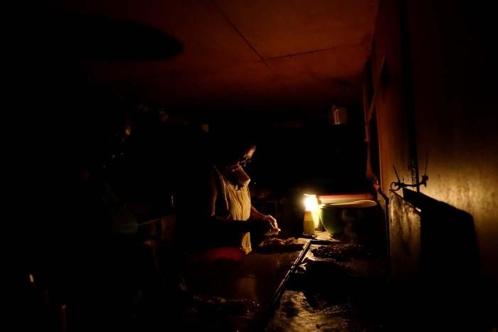 Caracas se queda a oscuras
