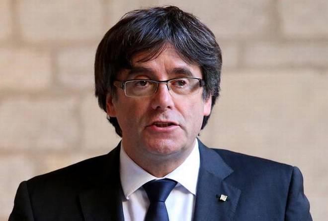 Detienen al ex presidente catalán Carles Puigdemont