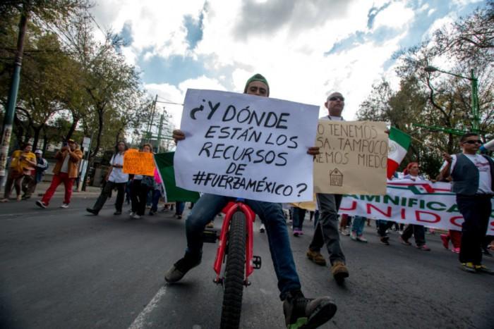 damnificados-marcha-1-1078x719