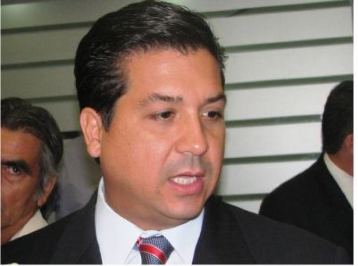 Molesta a Cabeza de Vaca declaraciones de Gobernador de NuevoLeón