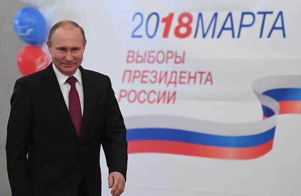Putin vence con el 76% de los votos en unas elecciones a su medida