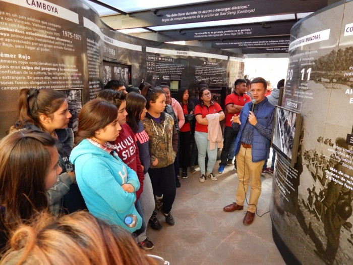 Inaugura Municipio de Saltillo la exposición itinerante Túnel Memoria y Tolerancia