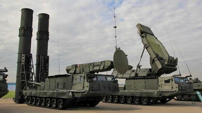 Israel teme que Rusia dote a Siria de misiles S-300 tras el ataque occidental