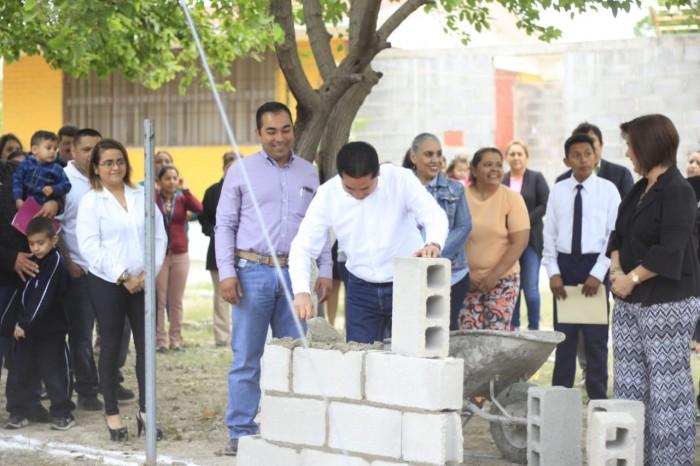 INICIAN SEGUNDA ETAPA DE CONSTRUCCIÓN DE BARDA PERIMETRAL EN LA PRIMARIA PROFR. HUMBERTO GÓMEZ MARTÍNEZ.