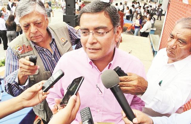 Vinculan a proceso a ex alcalde de Sabinas, Lenin Flores Lucio