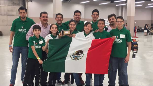 Ganan oro y bronce estudiantes mexicanos en Roborave
