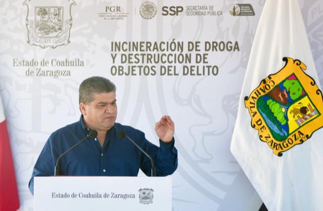 COAHUILA FORTALECE BLINDAJE CONTRA EL CRIMEN: INCINERACIÓN MILLONARIA DE DROGA Y OBJETOS DEL DELITO