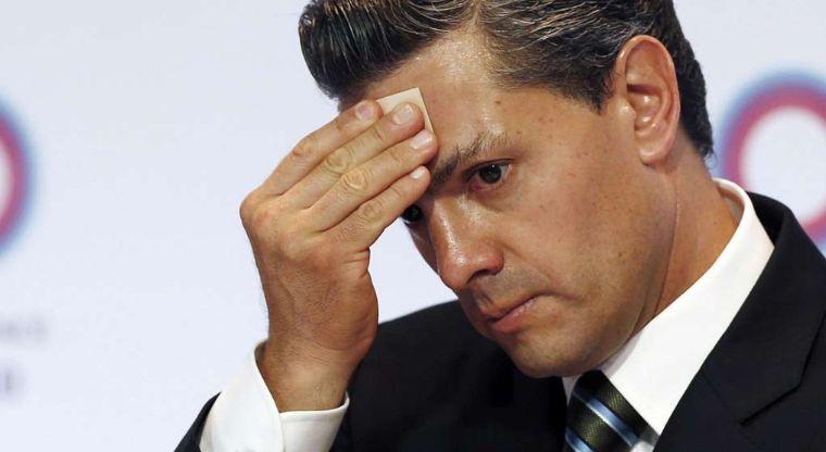 Se le resquebraja México a Peña Nieto