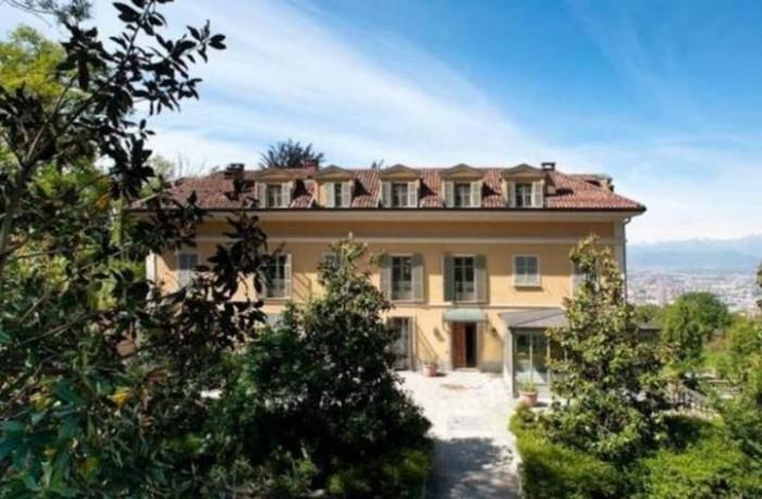 Una vida de lujo y moda para Cristiano en Turín