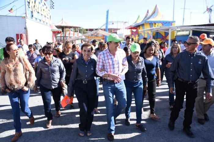 Entrega Manolo Jiménez obras de mejora en el terreno de la Expo Feria de Saltillo (5)